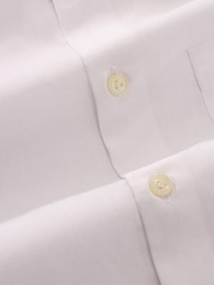 Easy White Blended Tailored Fit Formal Solid Shirt